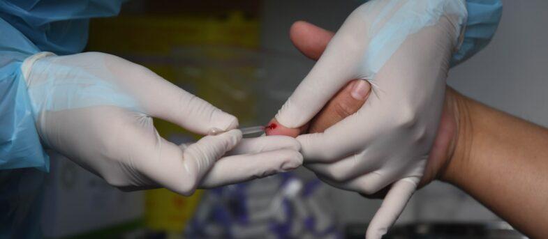 Exceso de muertes: clínicas muestran preocupación y afirman que consultas han caído 75%
