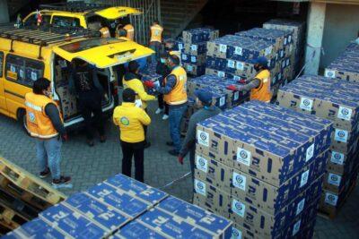 Funcionario municipal fue detenido y acusado de robar cajas de alimentos