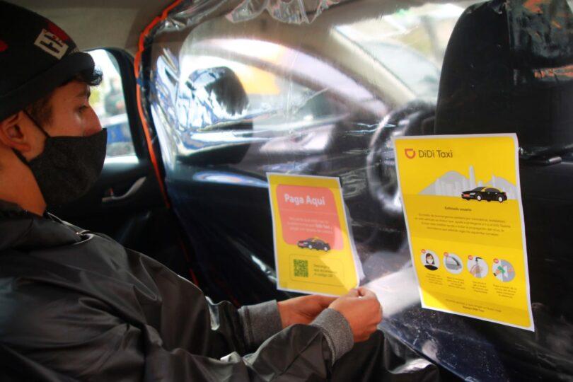 Alcalde Jadue implementa separadores para evitar contagios al interior de taxis