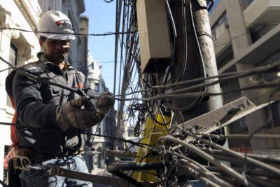 Cinco comunas afectadas: VTR denuncia corte intencional de fibra óptica