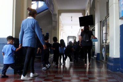 Proyecto de ley busca prohibir cancelación de matrículas en colegios por no pago de mensualidades