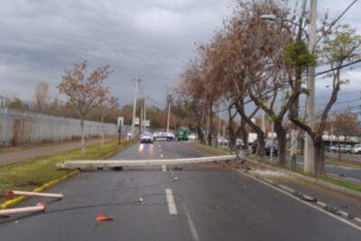 Accidente de tránsito dejó sin luz a sectores de Providencia, Ñuñoa y Santiago