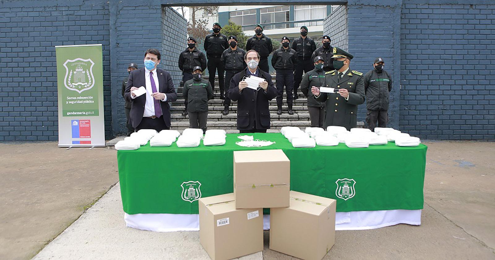 """""""CMPC dona 30 mil mascarillas al Ministerio de Justicia para distribución a los funcionarios de salud de Gendarmería"""""""