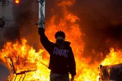 """Donald Trump incluirá a los """"Antifa"""" como movimiento terrorista"""