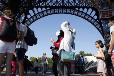 Desconfinamiento en Europa: Torre Eiffel vuelve a recibir público tras un cierre de tres meses