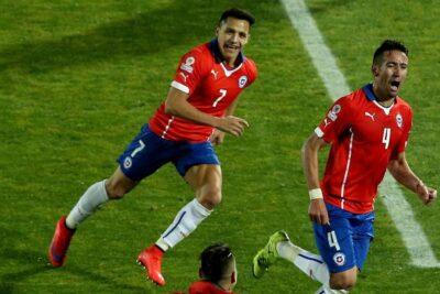 """""""Fue una tremenda satisfacción para mí"""": el recuerdo de Mauricio Isla a cinco años de su gol ante Uruguay en Copa América"""