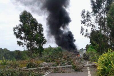 Carabineros aclara polémica por instrucción de no concurrir a zona de ataques incendiarios