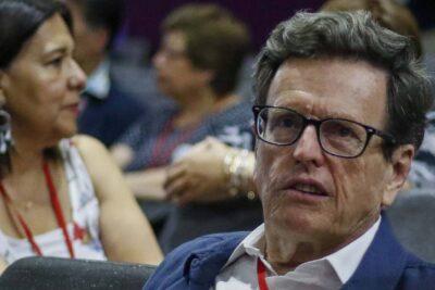 """Carlos Larraín: """"Aquí está en curso un golpe de Estado"""""""