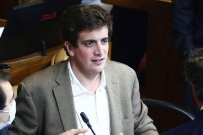 Detienen a tres personas por amenazas de muerte contra el diputado Diego Schalper