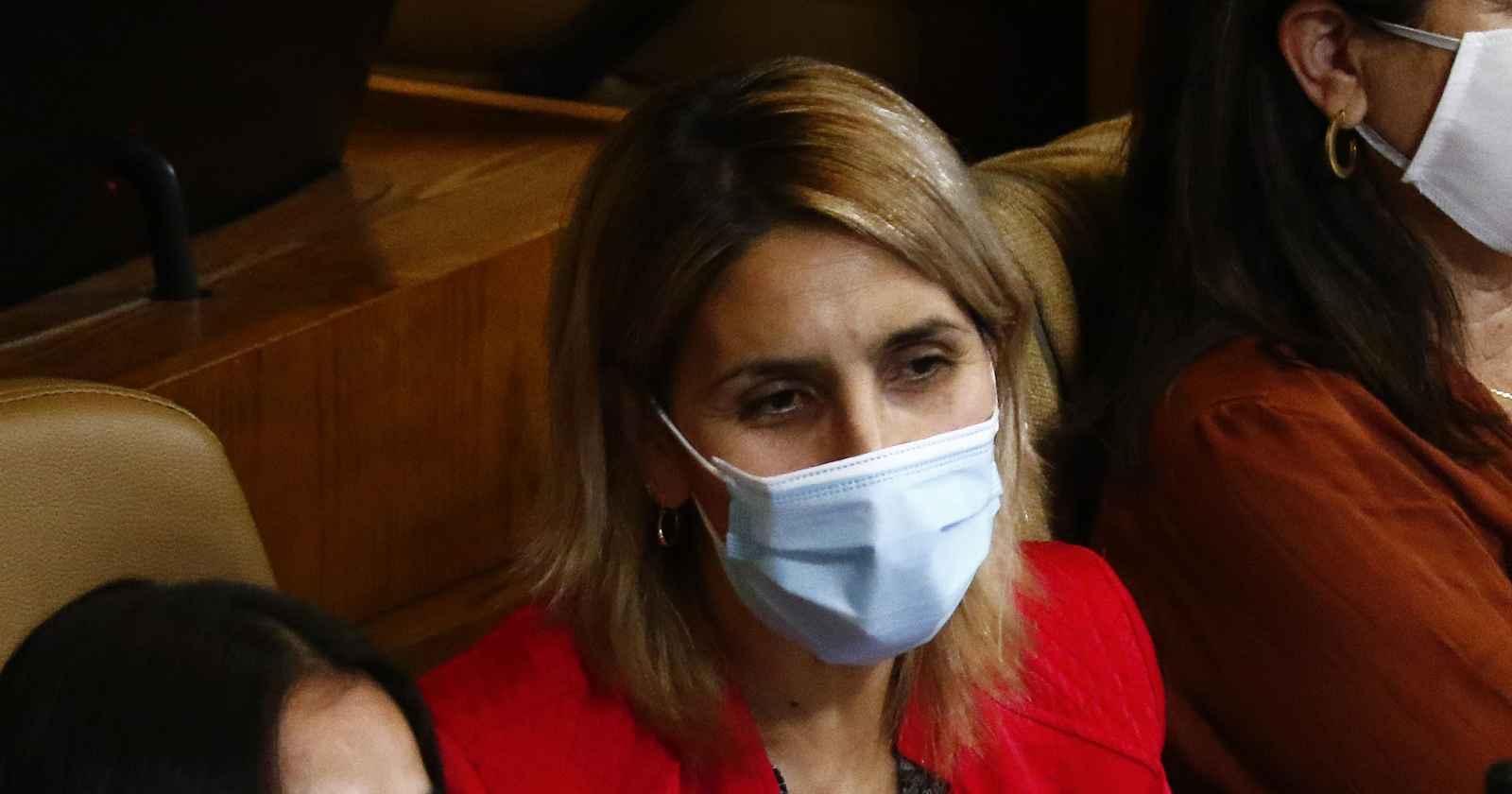 Erika Olivera se lanza contra Guillermo Ramirez: debía leer informe en la Cámara pero estaba en un matinal
