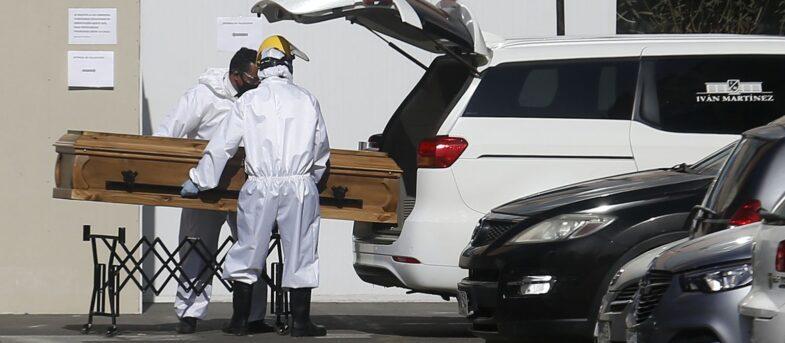 Informe de DEIS agrega 3.484 muertes sospechosas por COVID-19