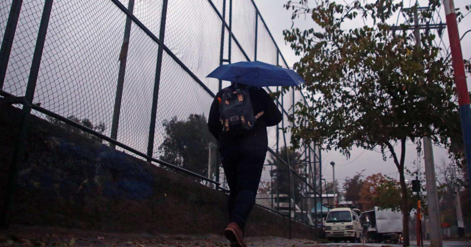 """""""La importancia de hacer un correcto uso de la red de alcantarillados en períodos de lluvias intensas"""""""