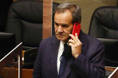 Senadores de Chile Vamos deciden no acudir al TC por retiro del 10% de los fondos