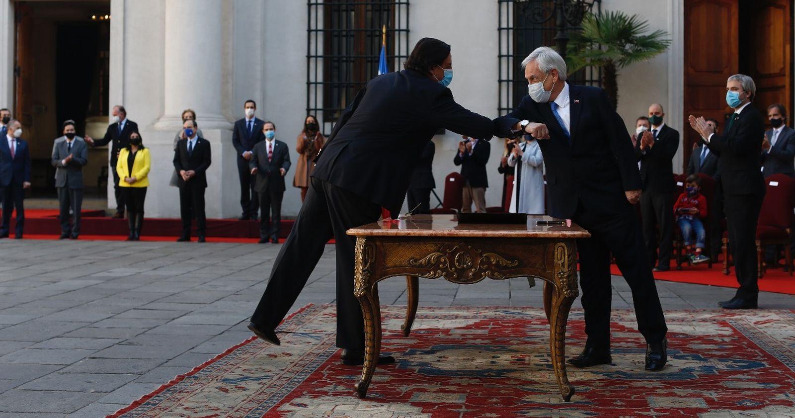Piñera concreta profundo cambio de gabinete: sale Blumel y llega Allamand