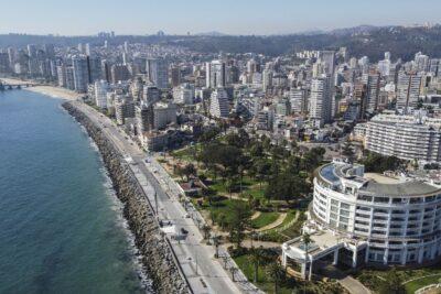 """Ministro Paris: """"Falta harto para desconfinar Valparaíso y Viña"""""""