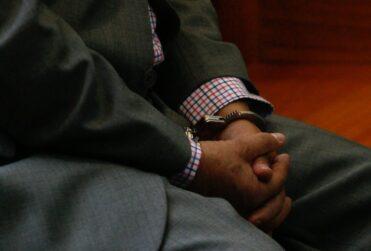 Los Ángeles: mujer de 80 años denunció haber sido violada y agredida por su hijo