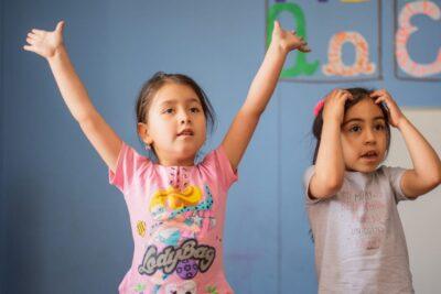 Seis consejos para contribuir al aprendizaje del inglés con los niños en medio de esta cuarentena