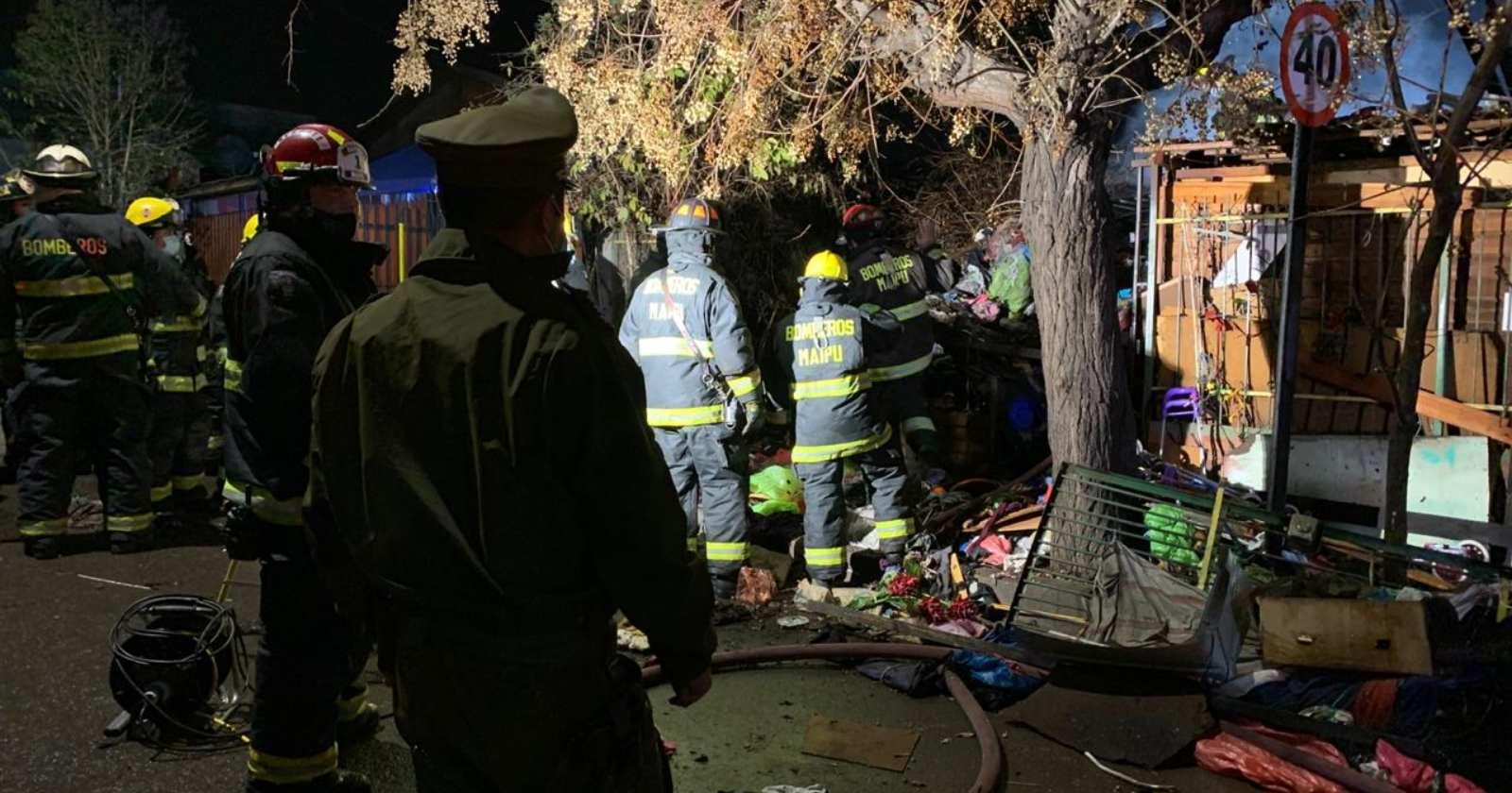 """""""Incendio en vivienda de Cerrillos dejó un adulto mayor fallecido y un desaparecido"""""""
