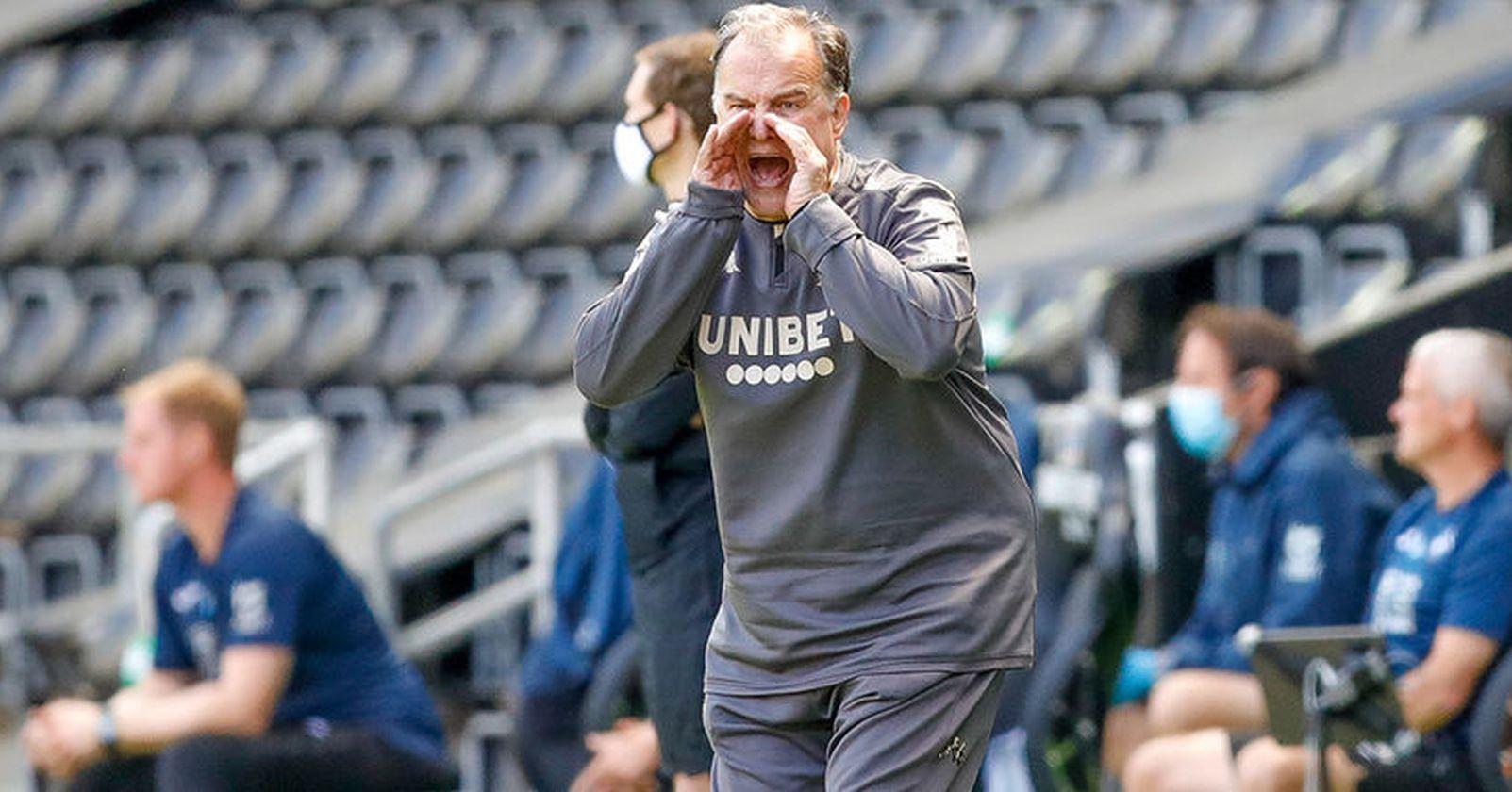 Leeds de Bielsa ganó y queda a un paso del ascenso a la Premier League