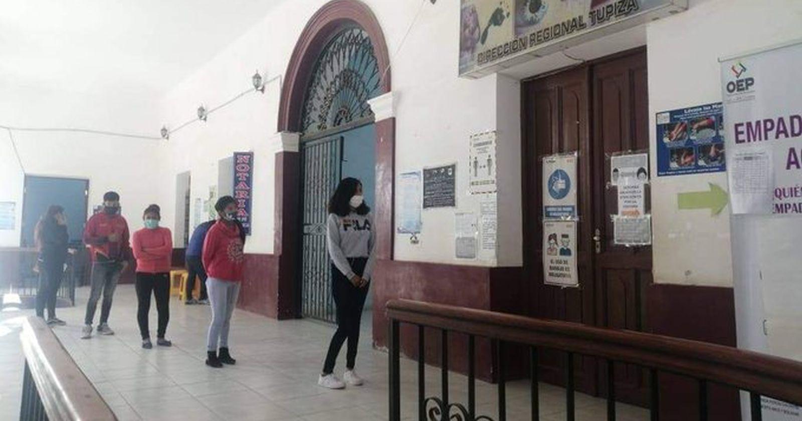 Bolivia postergará sus elecciones presidenciales para el 18 de octubre