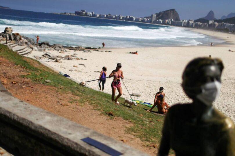 Brasil abre sus fronteras a extranjeros en medio de peak de contagios de coronavirus