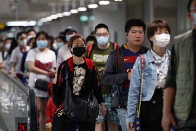 China registra récord de nuevos casos de coronavirus desde abril