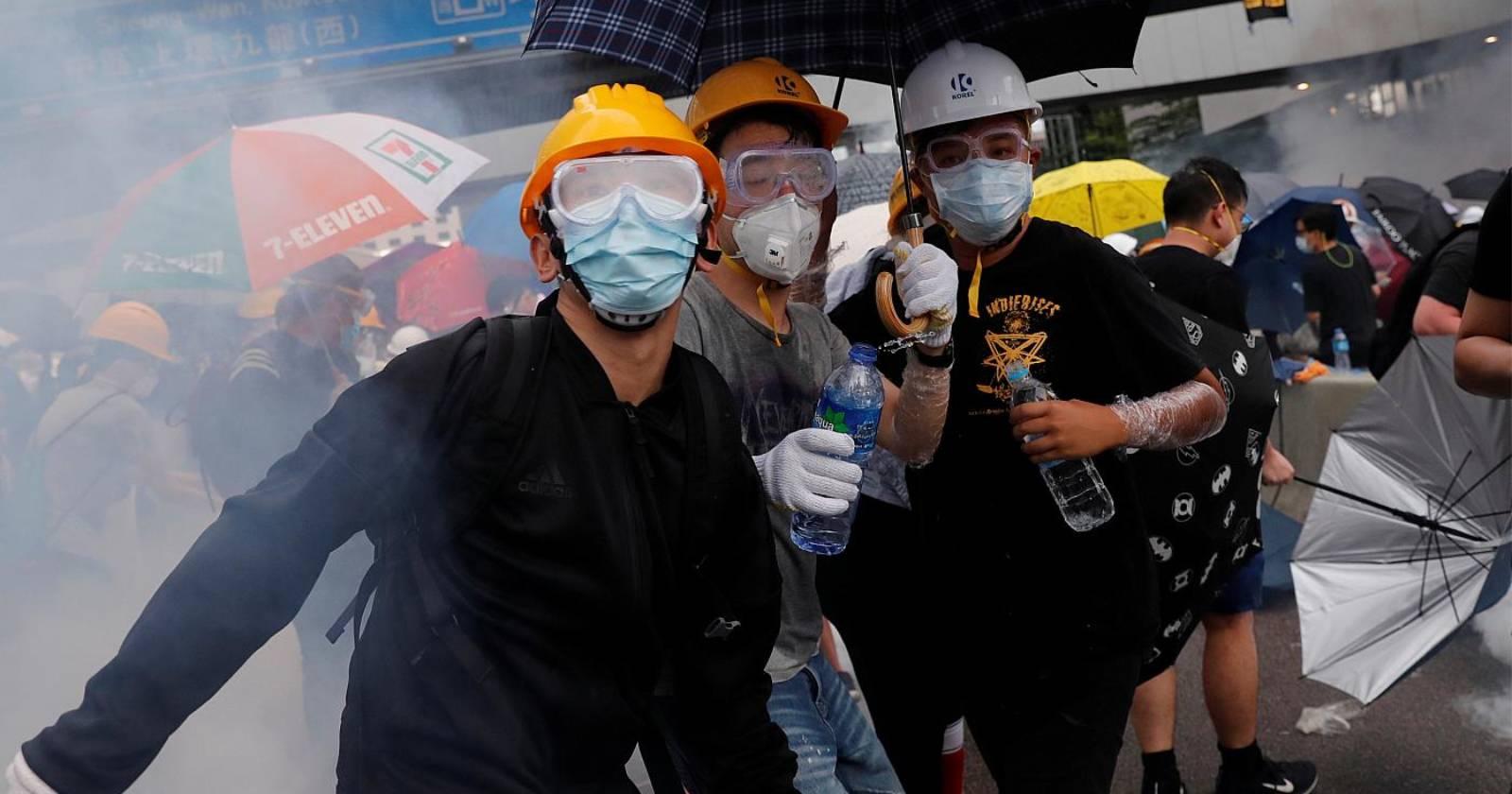 Policía de Hong Kong detiene a 180 manifestantes bajo la nueva y polémica ley de seguridad