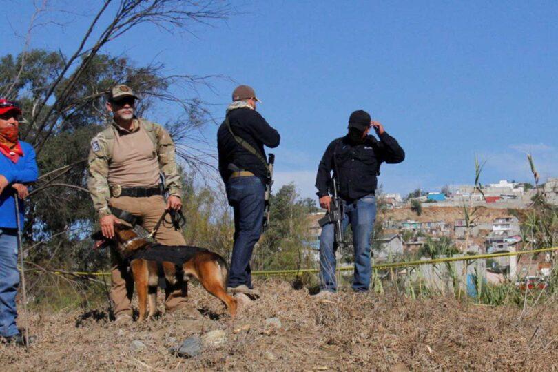 Encuentran 86 bolsas con restos humanos en México