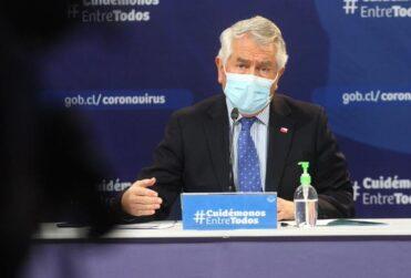 """Ministro Paris sobre dudas por cifras de recuperados: """"No deberían incluir a los fallecidos"""""""