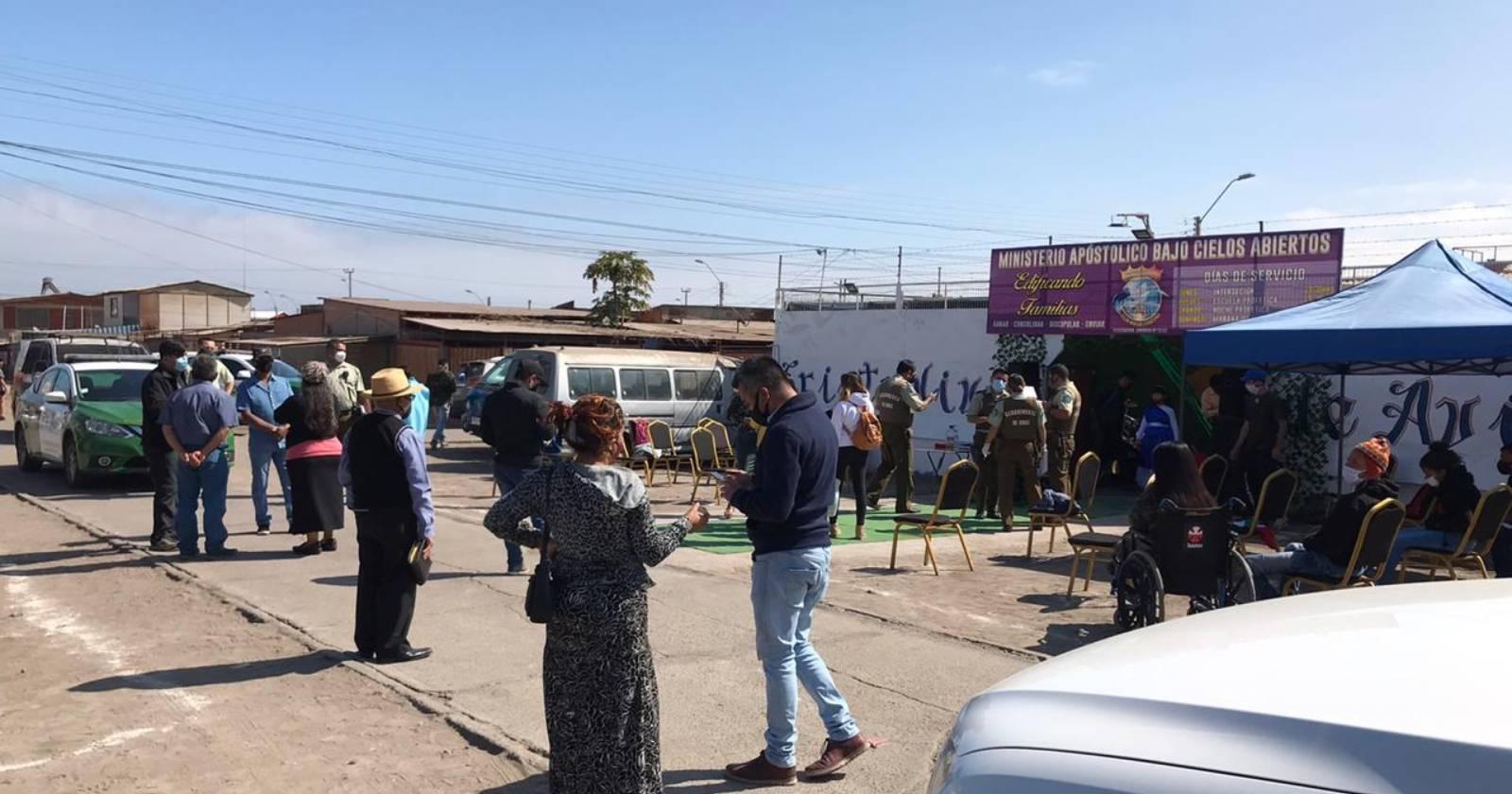 Había más de 50 personas: detienen a pastor evangélico por realizar culto en Arica