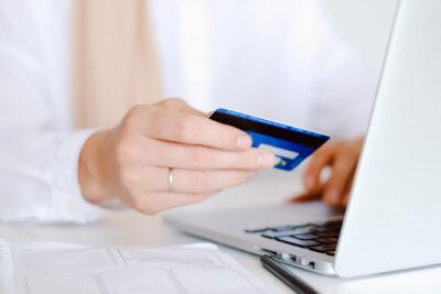 Santander lanza tarjeta de débito digital para amplificar el acceso a comercio online