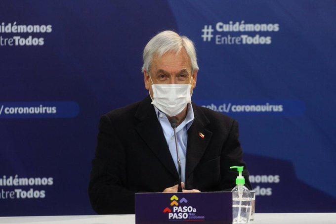 """Piñera presenta el plan """"Paso a Paso"""" de desconfinamiento gradual"""