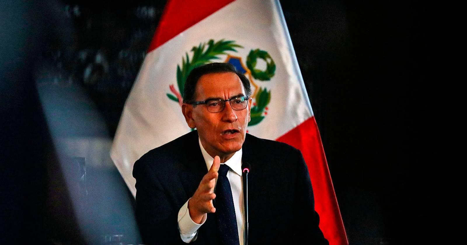 Justicia de Perú prohíbe a Vizcarra salir del país durante los próximos 18 meses