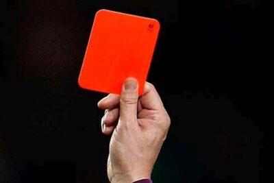 Premier League sancionará con tarjeta roja a los futbolistas que tosan