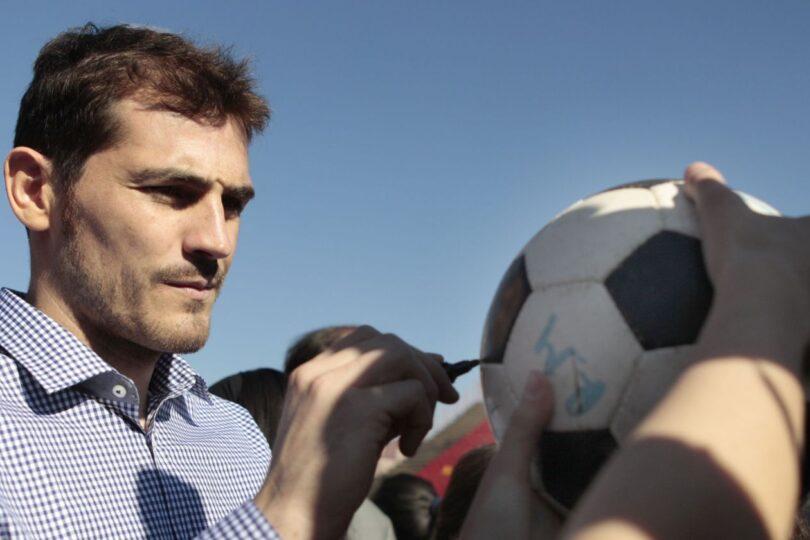 Iker Casillas anunció su retiro del fútbol a los 39 años