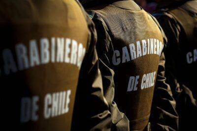 Arresto domiciliario para dos carabineros acusados de apremios ilegítimos contra detenidos