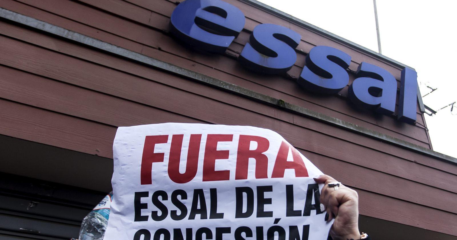 """""""Essal recibe multa de $1.640 millones por masivo corte de agua en Osorno"""""""