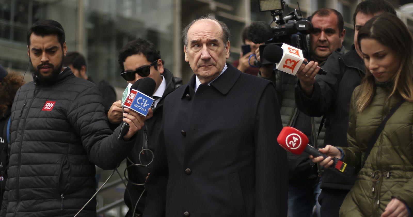 Rutherford procesó a Fuente-Alba y Oviedo por falsificar declaraciones del Ejército