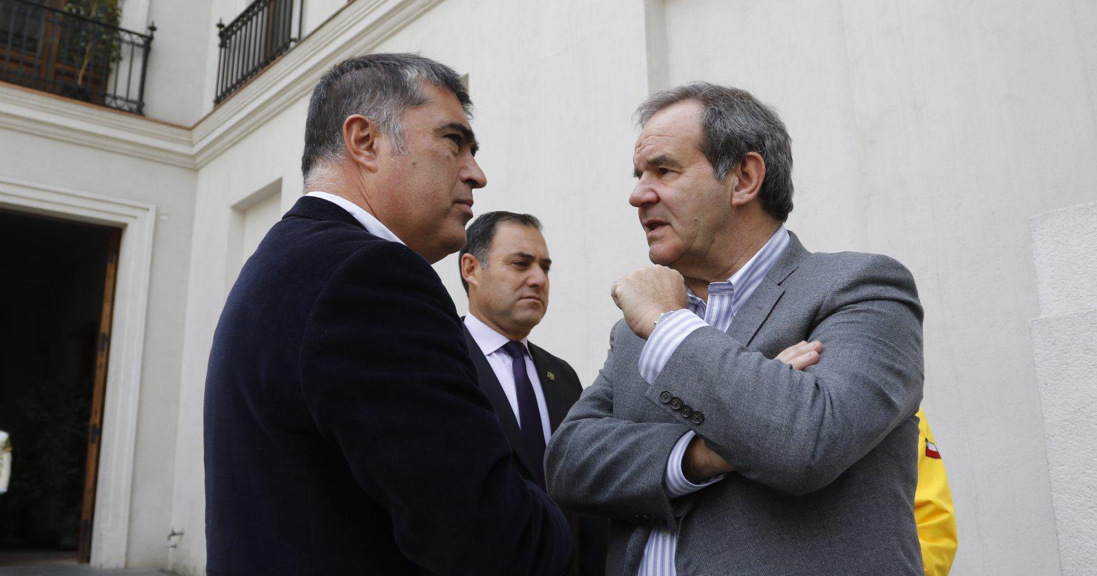 Allamand y Desbordes trasladan debate por el Rechazo y el Apruebo al gabinete
