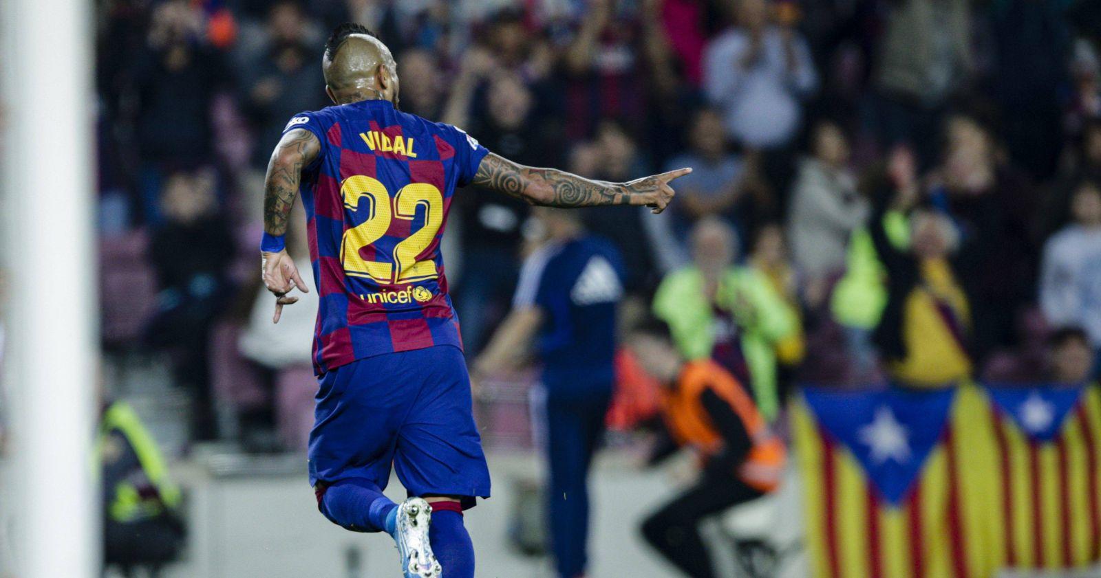 """Ex director deportivo del Barcelona: """"Sería un error dejar partir a Arturo Vidal"""""""