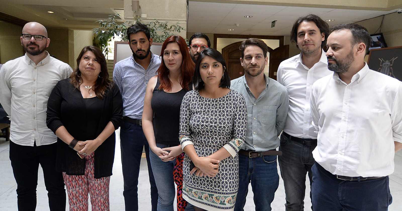Frente Amplio retrocede tras críticas opositoras: no presentará candidato en primera vuelta