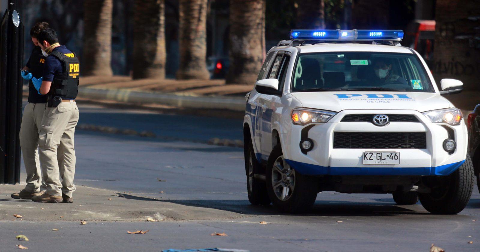 Se registraron más de 100 disparos: violenta balacera en La Florida dejó a dos funcionarios de la PDI heridos