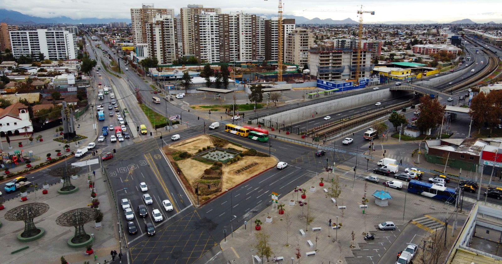 Nueve comunas de la RM pasarán a transición y Concepción entrará a cuarentena