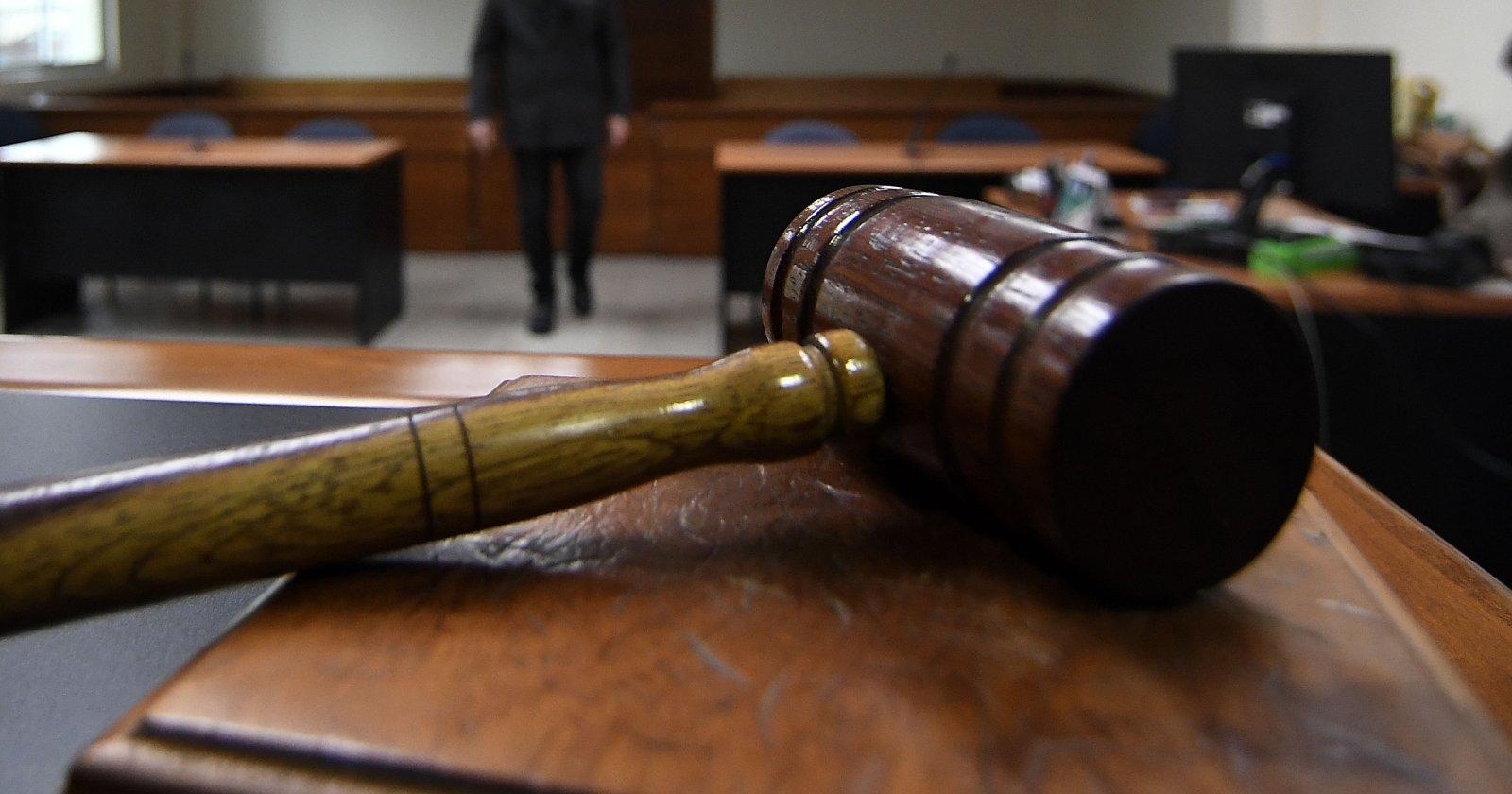 Corte sobresee a mujer detenida por infringir toque de queda para denunciar violación