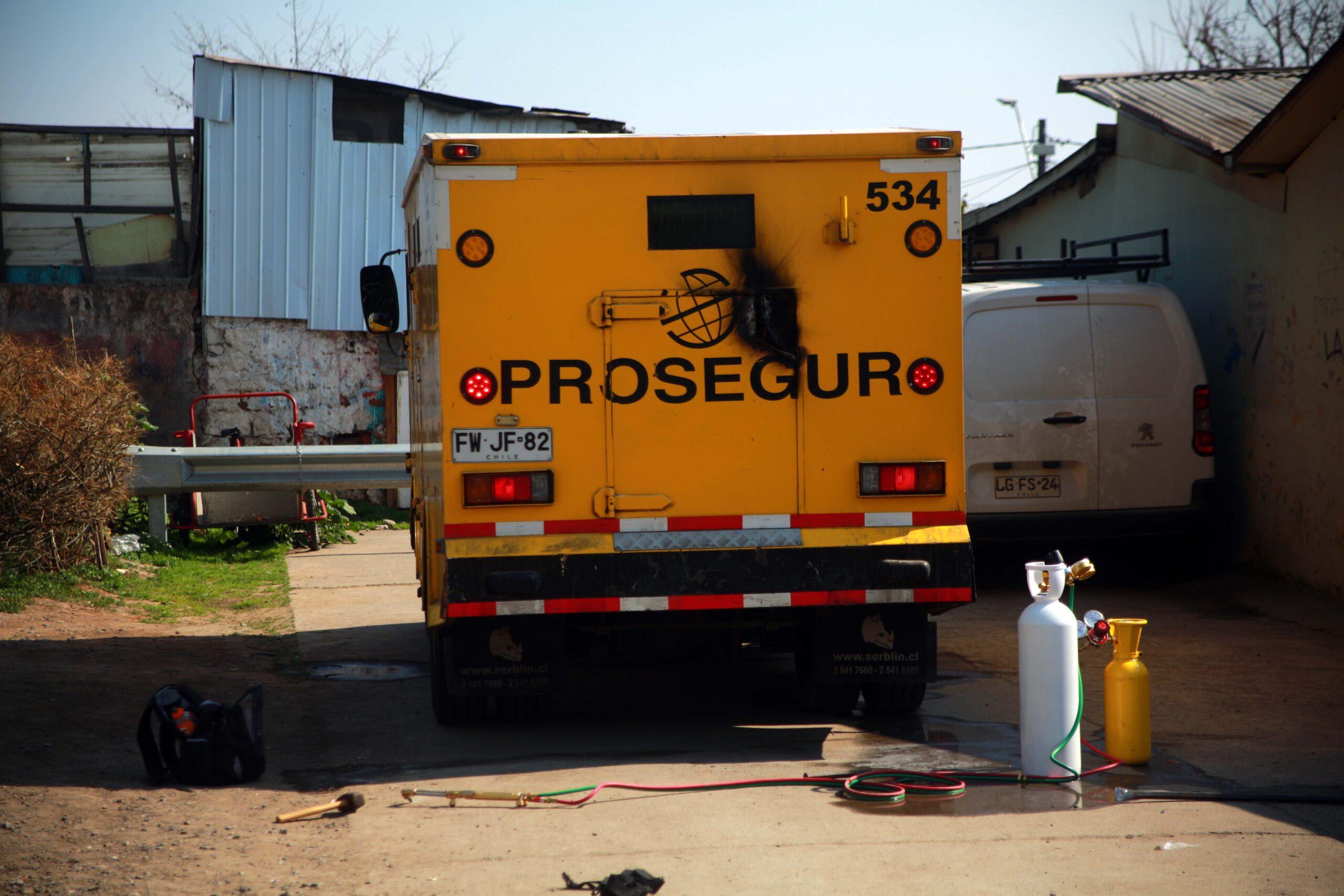 Carabineros frustró asalto a camión de valores en Peñalolén