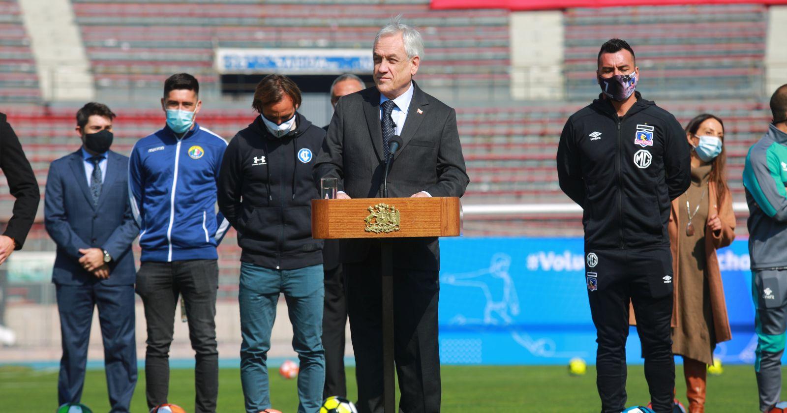 Presidente Piñera anuncia el regreso del fútbol para el 29 de agosto