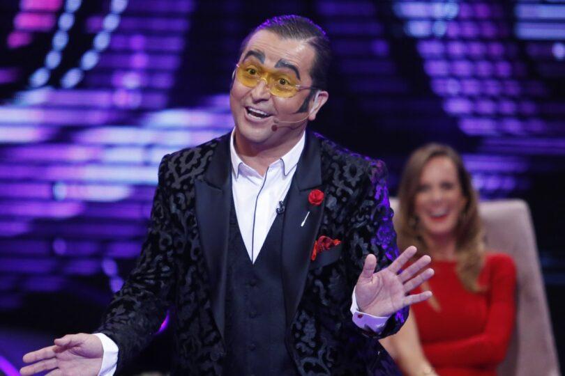 Daniel Alcaíno denuncia a Canal 13 por despido injustificado y pide indemnización de 56 millones