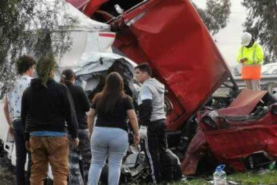 Accidente de tránsito en Autopistal del Sol deja al menos cinco fallecidos