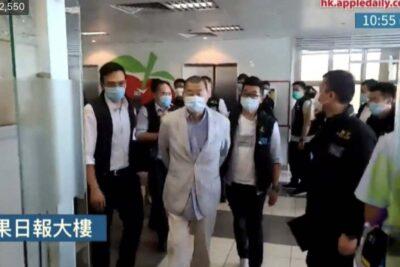"""Ley mordaza en Hong Kong: China detiene al magnate de los medios Jimmy Lai acusándolo de """"conspiración"""""""