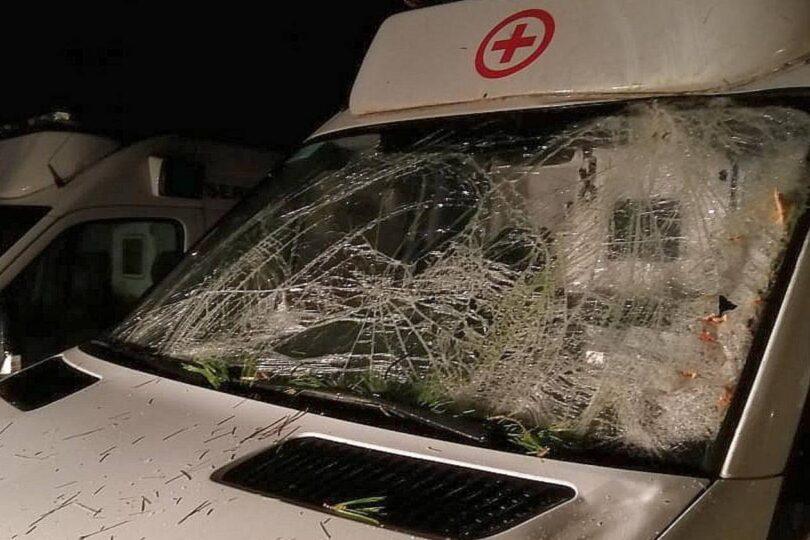 Corte de ruta en Galvarino terminó con el conductor de una ambulancia lesionado